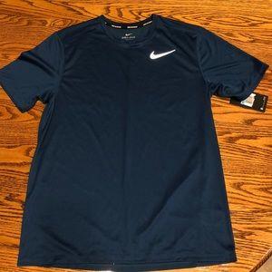 Men's medium running Dri-fit shirt